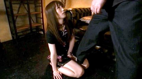踏み付けられて犯される踏みにじられる女のエロ画像nanasakif53