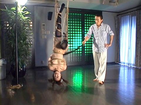 SM鞭責め鞭打ち乱打SM調教女/胸鞭AVエロ画像yukimi91