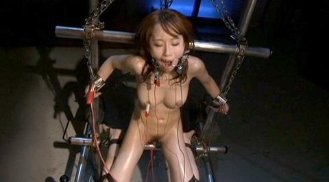 電流責め/電気責め鬼畜拷問SMされる女のエロAV画像misaki138