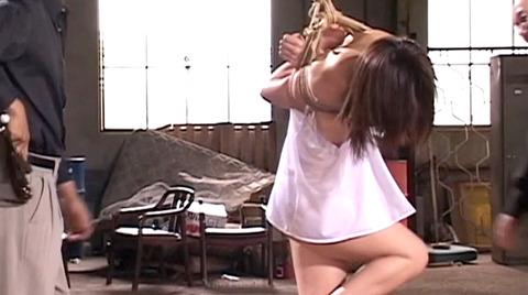 SM鞭打ち調教/鞭打たれる女のエロ画像nakanochinatu43