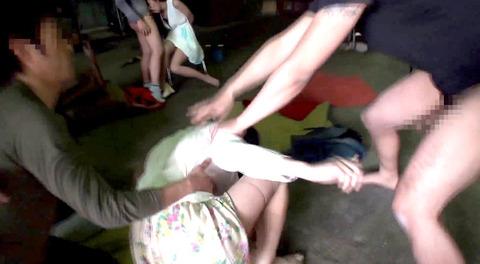 マゾ女踏みつけられて犯される女のAVエロ画像sunohara109