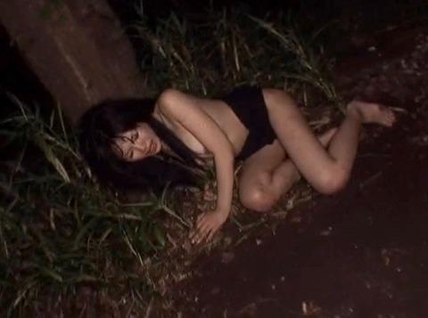 桜井あみ 全裸野外放置される女のAVエロ画像 za3_31
