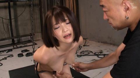 乳首責め 乳首を痛めつけられる女 hidukirui115