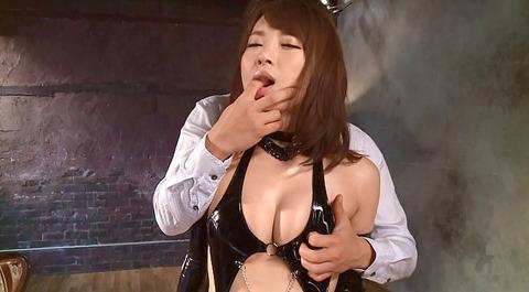 指フェラ画像 指イラマチオする女のAVエロ画像 konishiyu59