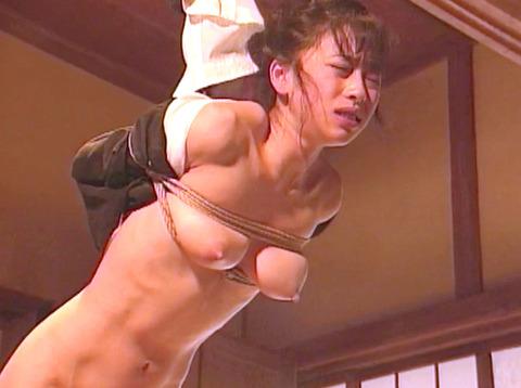 SM鞭責め鞭打ち乱打SM調教女/胸鞭AVエロ画像hirookamirai37