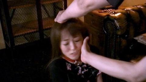 ビンタされる女 ビンタされる表情がエロい女のAV画像 nanasakif57