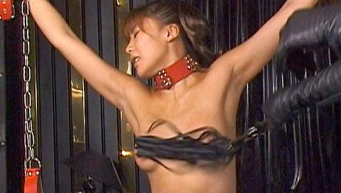 恐怖と激痛の胸への鞭責めSM調教女/胸鞭AVエロ画像hoshiseina25