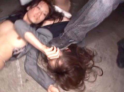 集団強姦 輪姦 集団レイプで廻される女の AVエロ画像 unoiori19