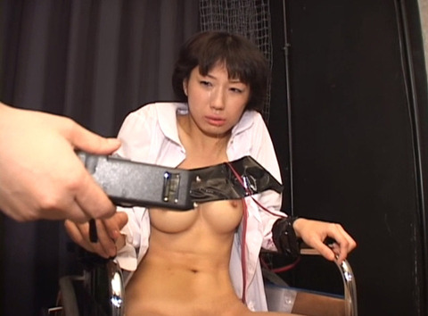 鬼畜拷問_電流責め/電気責めされる女のSMエロAV画像_mizuno26