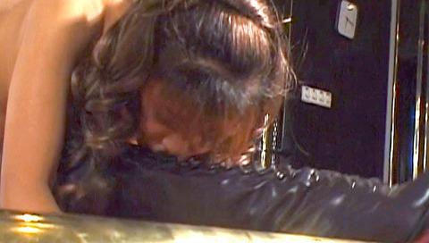 服従の誓い靴を舐める女 靴舐め女 エロ AV 画像 hoshiseina22