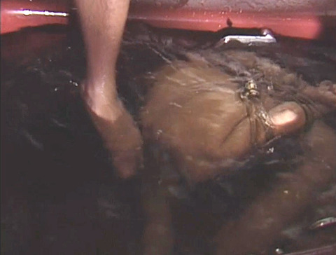 SM水責め調教/水責め拷問される女のエロAV画像_asamayuuko22