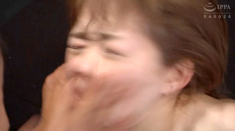 ビンタされる女 ビンタされる表情がエロい女のAV画像 maririka73