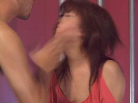 ビンタされる女 ビンタされる表情がエロい女のAV画像 kase11