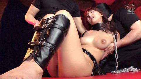 首輪女子 首輪される女 女優 リードを引かれる女 エロ画像 mikami04