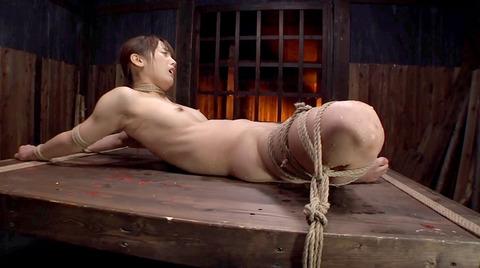 首吊りSM調教 首絞め 頸動脈圧迫 窒息調教エロ画像 nanasaki04