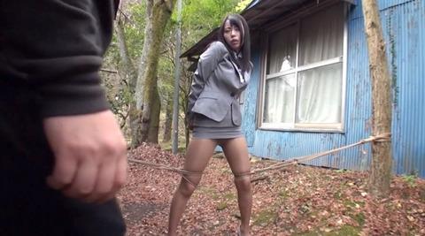 野外露出調教プレイする女のエロ画像 kawana07