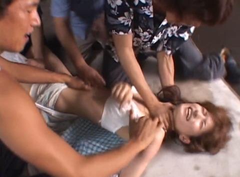 集団強姦 輪姦 集団レイプで廻される女の AVエロ画像 nanba04