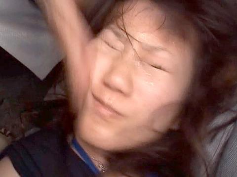 ビンタされる女 ビンタされる表情がエロい女のAV画像 unoiori16