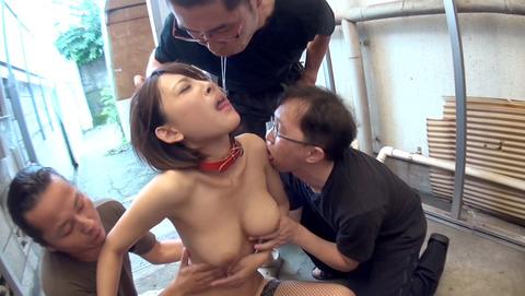 唾を吐きかけられ犯される女唾を飲まされる女エロAV画像ogura14