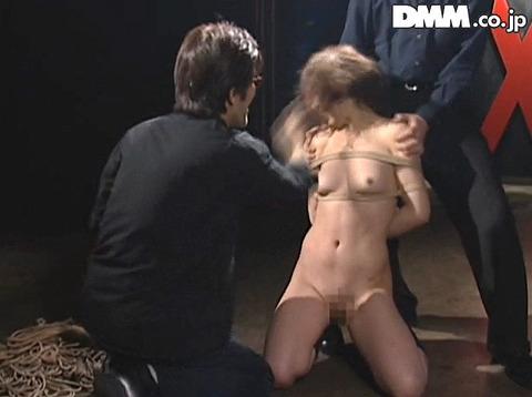 ビンタされる女 ビンタされる表情がエロい女のAV画像 haradaharuna10