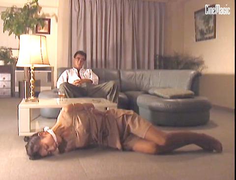 猿轡 口枷 をされる女 の 口拘束 AV エロ 画像 tanakaniziko32