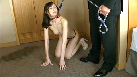 首輪女子 首輪される女 女優 リードを引かれる女 エロ画像 karina79