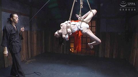 麻縄緊縛SM拘束される女のエロ画像arisakamiyuki190