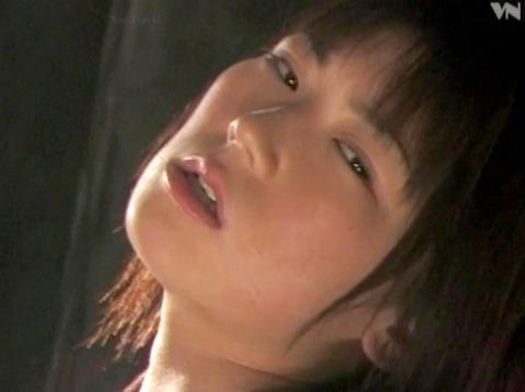 kasagishinobu61  大勢の前で一人だけ裸にされる女の画像 CMNF画像