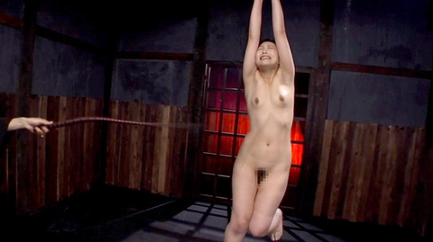 kanou42  一本鞭 SM調教AVエロビデオ 一本鞭で全身痣だらけの女