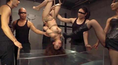 SM調教 逆さ吊り にされる女 の AV エロ画像 misaki59