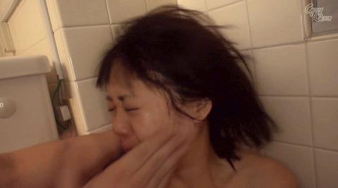 ビンタされる女 ビンタされる表情がエロい女のAV画像 nanami03
