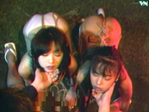 野外露出調教プレイする女のエロ画像 shimazakirino46