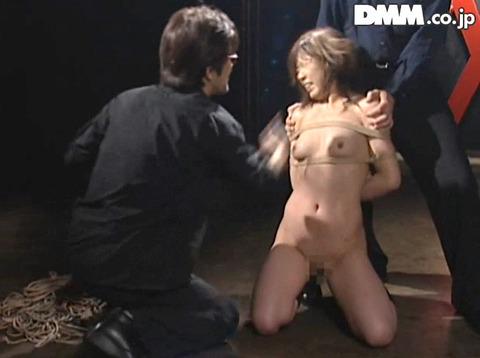 ビンタされる女 ビンタされる表情がエロい女のAV画像 haradaharuna11