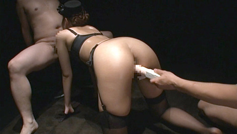 バイブ固定/バイブ挿入_固定バイブ嬲られ女エロ画像_kamiomai29