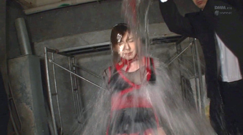 SM水責め調教水責め拷問される女のエロAV画像hatanoyui170