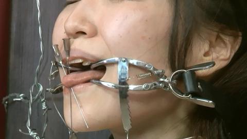 残酷非道 拷問リンチ SM調教虐待される女 エロAV画像uri38