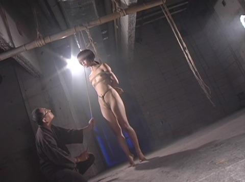 首吊りSM調教 首絞め 頸動脈圧迫 窒息調教エロ画像 kase07_1