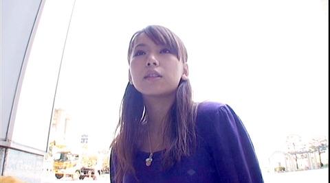 唾を吐き掛け唾を飲まされ女唾をのむ女エロAV画像akina00