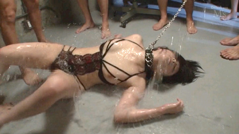 SM水責め調教水責め拷問される女のエロAV画像minamiriona25