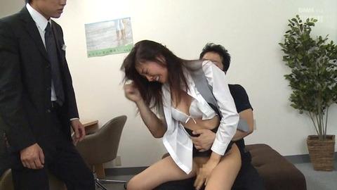 本気で犯される女 恥ずかしく犯される女のエロ画像 natume183