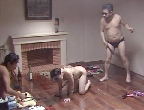 近藤麻美 超絶ハードで残酷なSM調教を受ける女の AV画像 12