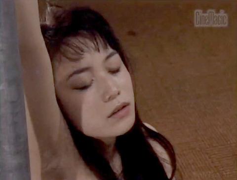 栗田もも 徹底鞭打ち 残酷拷問 エロ画像 22