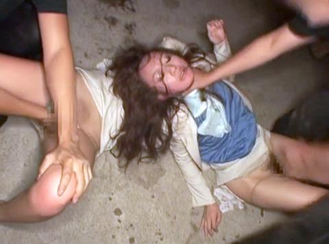 武田沙樹 暴行 リンチ 集団強姦レイプされる女 AVエロビデオ 画像 16