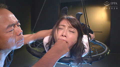 七海ひな ビンタ 指イラマ 嬲られて弄ばれる女のエロ画像 122