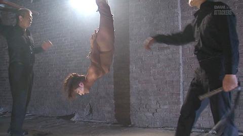 結城みさ 拷問ハードSM 残酷鞭打ち 拷問緊縛 逆さ吊り AVエロ画像 49