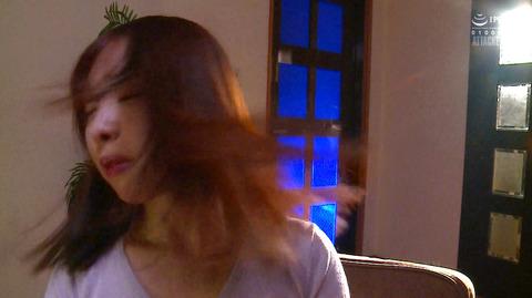 松ゆきの 胸鞭連打 首吊り 拷問 残酷SM調教される女のエロ画像 03