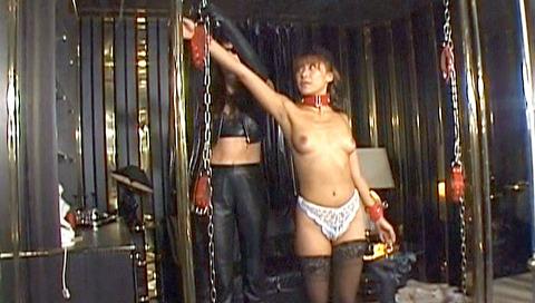 星せいな ヨーロッパSM ミストレスにSM調教される女のエロ画像 01