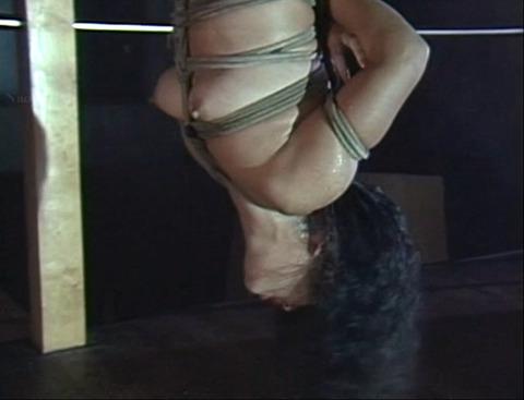 昭和のSM女優 井上あんり 水責め逆さ吊り inoueanri23