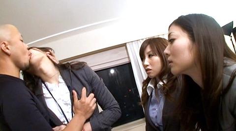 菅野しずか 神納花 暴行イラマチオされる女の画像111