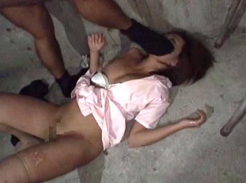 白石優 人格無視の 非道な強姦 レイプ AV画像 12